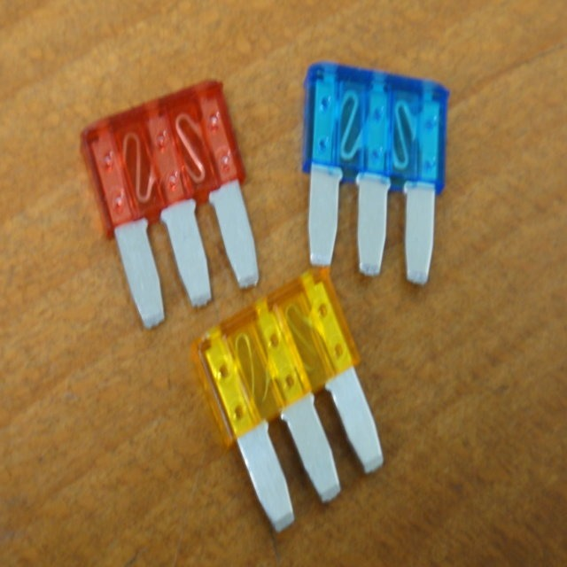 Bus Fuse - Blade Type for Electrical Parts made by CHE YEN INDUSTRIAL CO., LTD. 啟運興業股份有限公司 - MatchSupplier.com