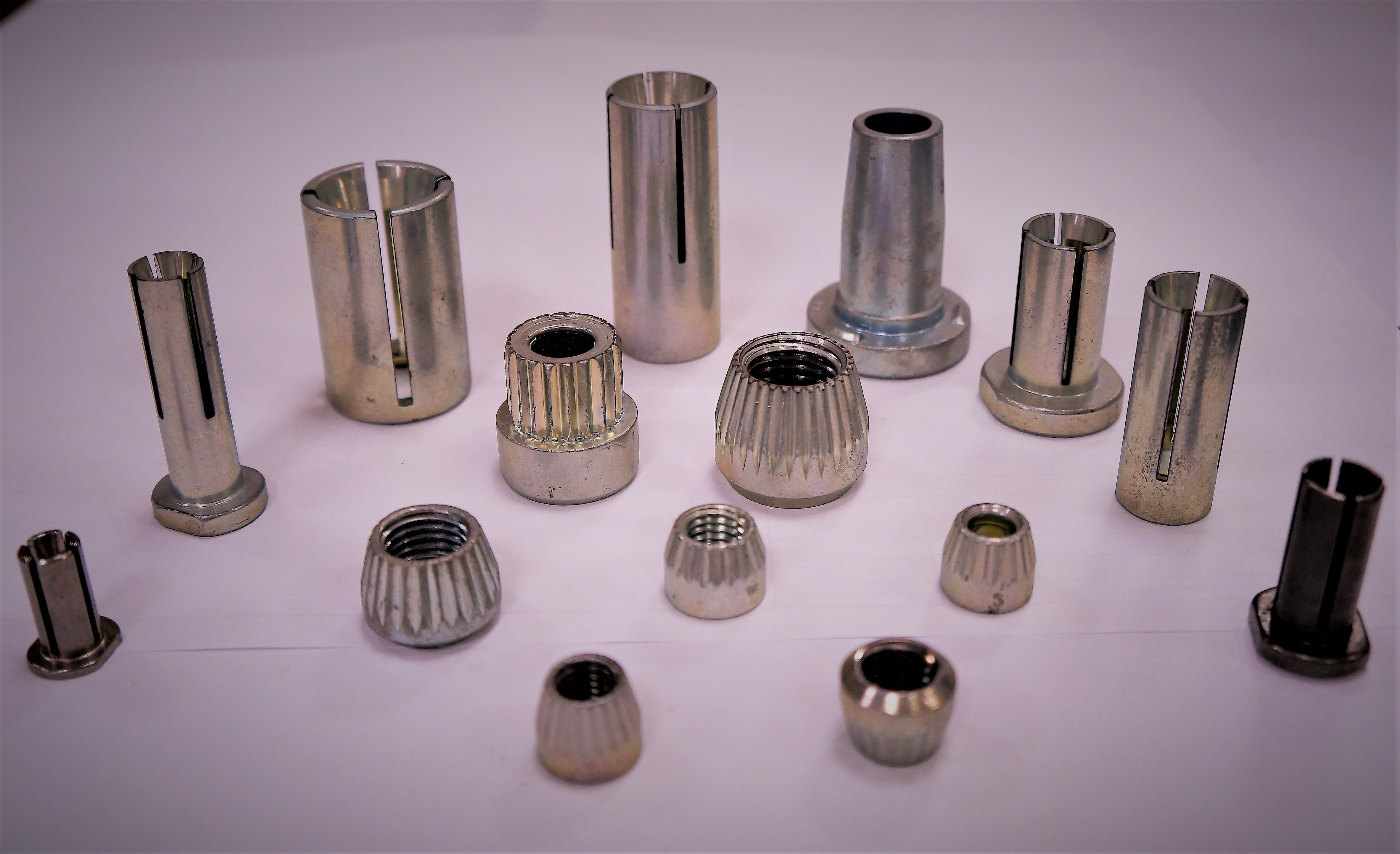 Automobile Sleeve for Vehicle Fastener made by Sunny Screw Industry 三能螺栓工業股份有限公司 - MatchSupplier.com