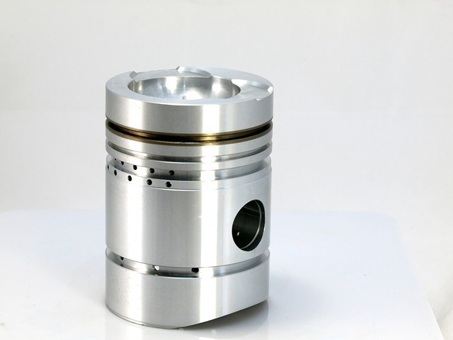 Agricultural / Tractor Pistons for Diesel Engine Parts made by ZENITH TROOP IND. CO., LTD. 善統工業股份有限公司 - MatchSupplier.com