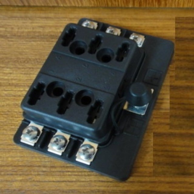 Bus Car Universal Holders for Car Electronic Accessories made by CHE YEN INDUSTRIAL CO., LTD. 啟運興業股份有限公司 - MatchSupplier.com