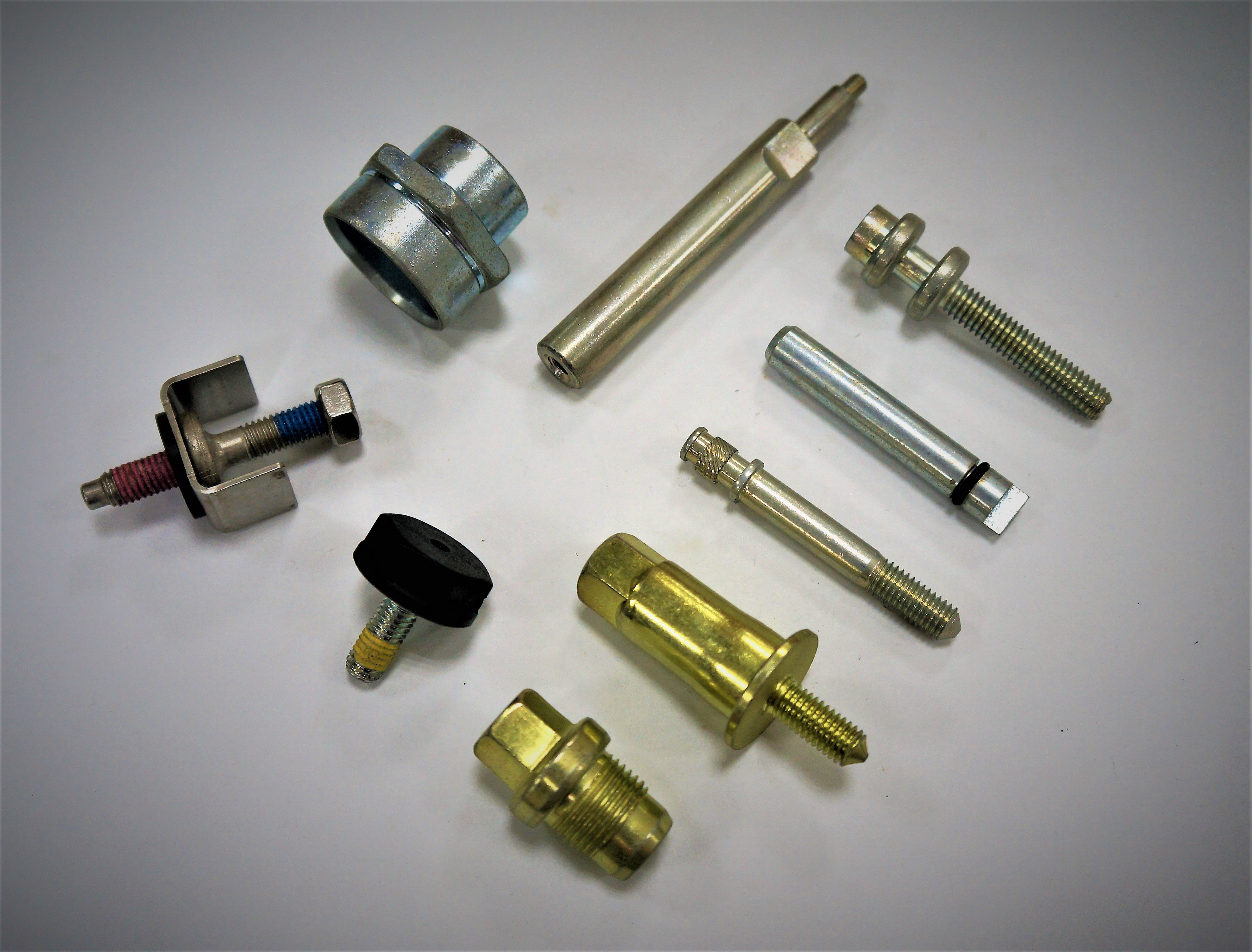 Bus Special Screw with Nylon for Vehicle Fastener made by Sunny Screw Industry 三能螺栓工業股份有限公司 - MatchSupplier.com