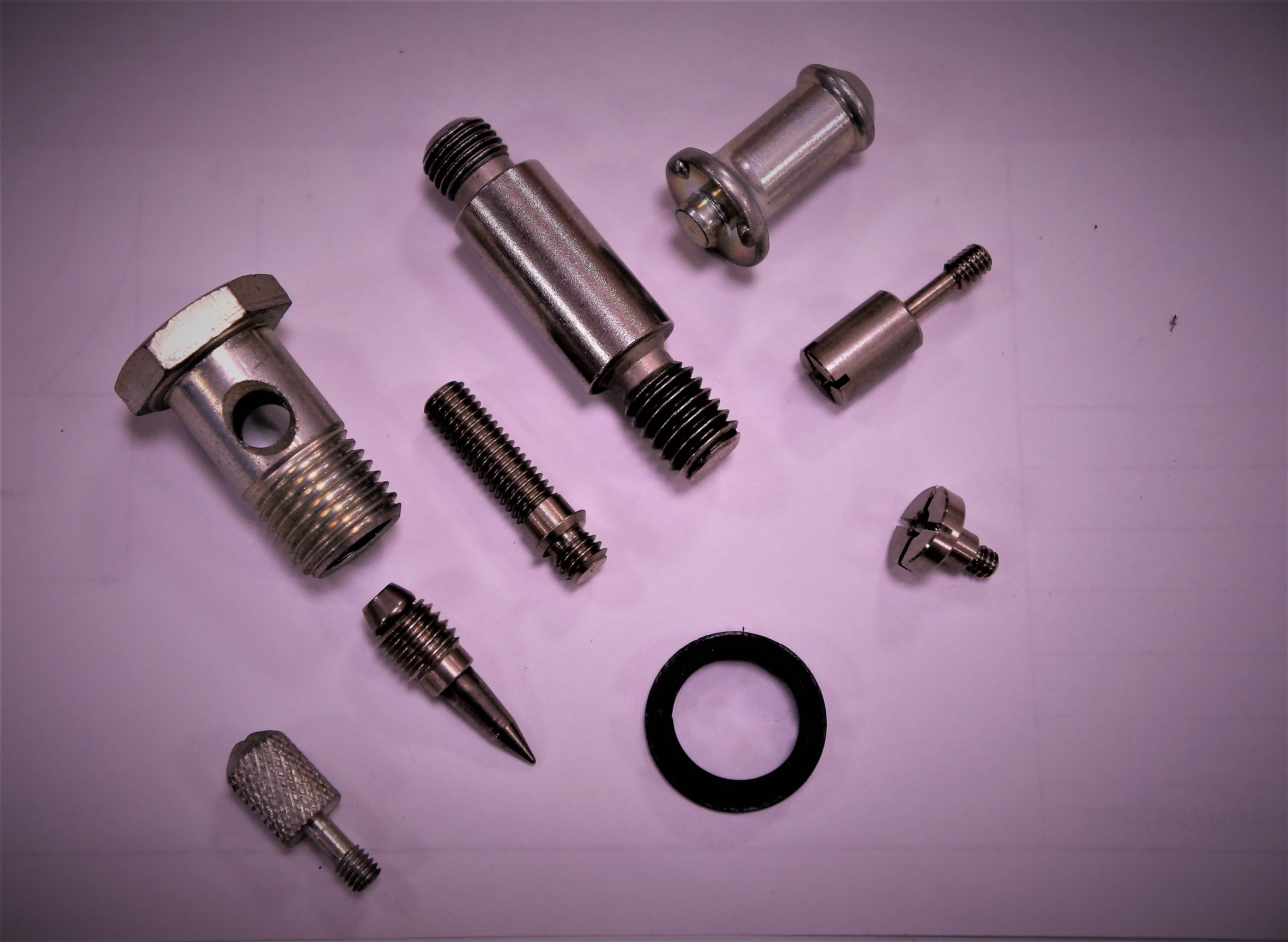 Truck / Trailer / Heavy Duty Special Screw for Vehicle Fastener made by Sunny Screw Industry 三能螺栓工業股份有限公司 - MatchSupplier.com