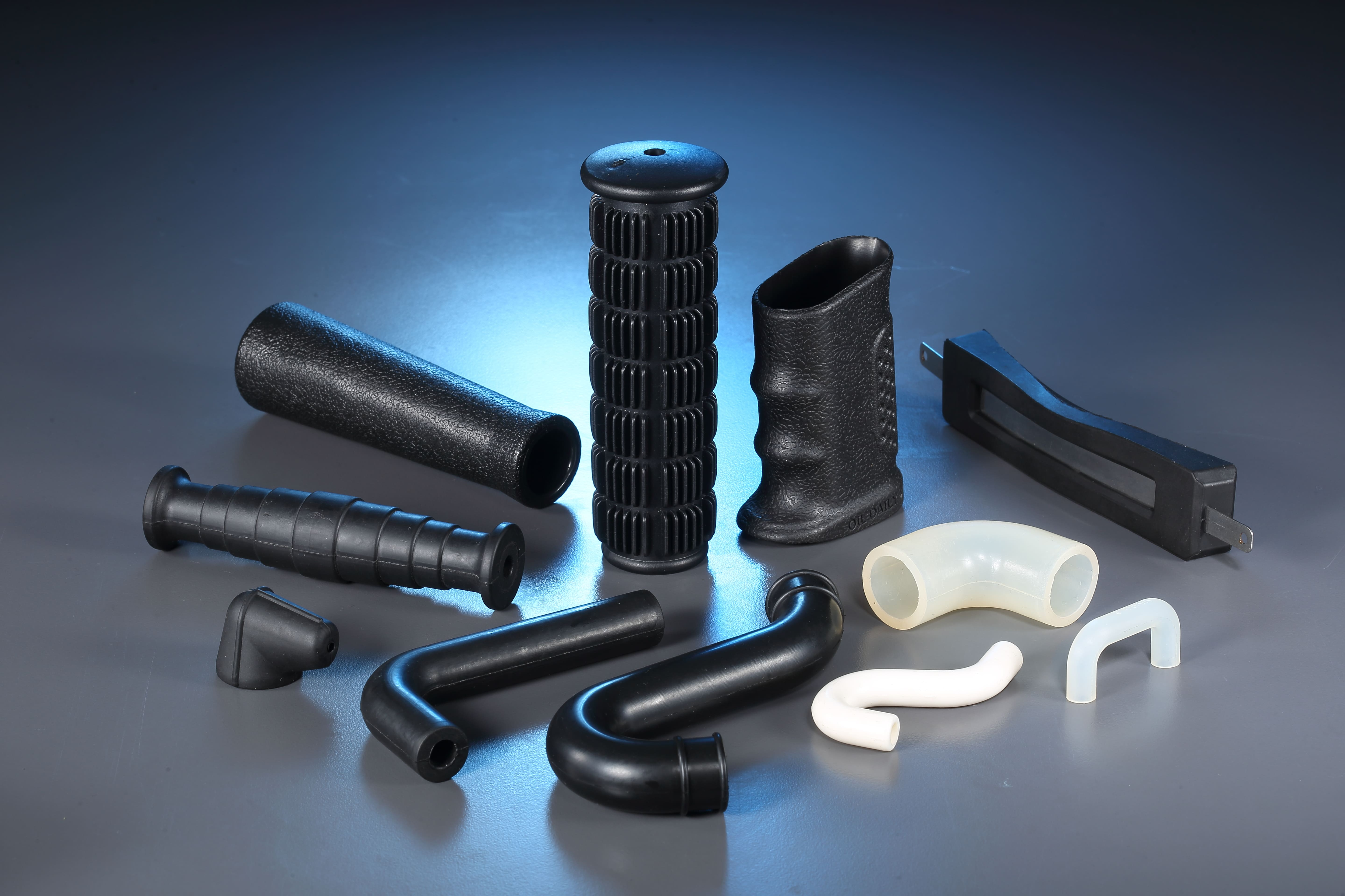 Bus Robber elbow pipe for Rubber, Plastic Parts made by Yee Ming Ying Co., LTD. 昱銘穎有限公司 - MatchSupplier.com