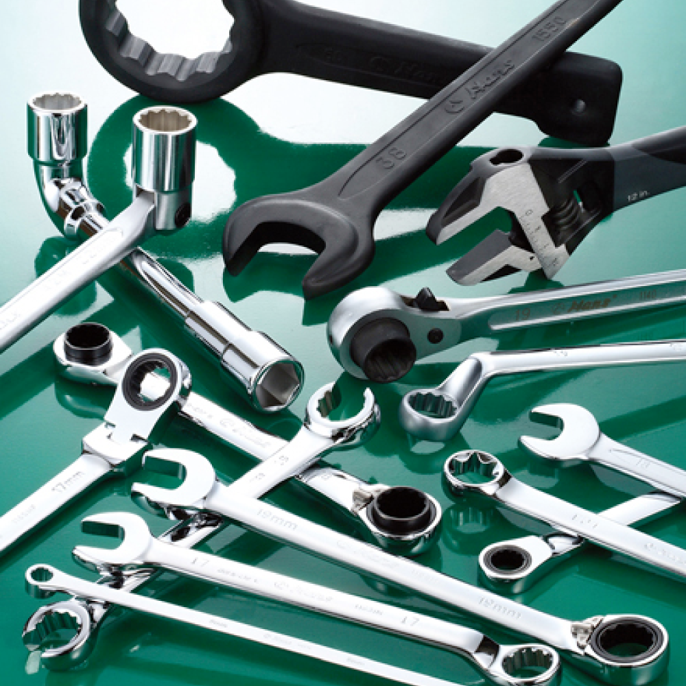 Automobile Wrench Set for Repair Tool Set  made by HANS tool industrial Co., Ltd. 向得行興業股份有限公司 - MatchSupplier.com